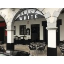 Black and White en Ordenes